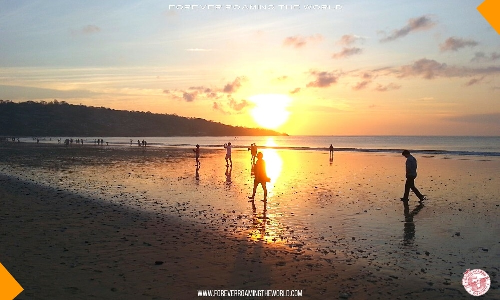 Backpacking Bali overview - Forever Roaming the World - Pic 1