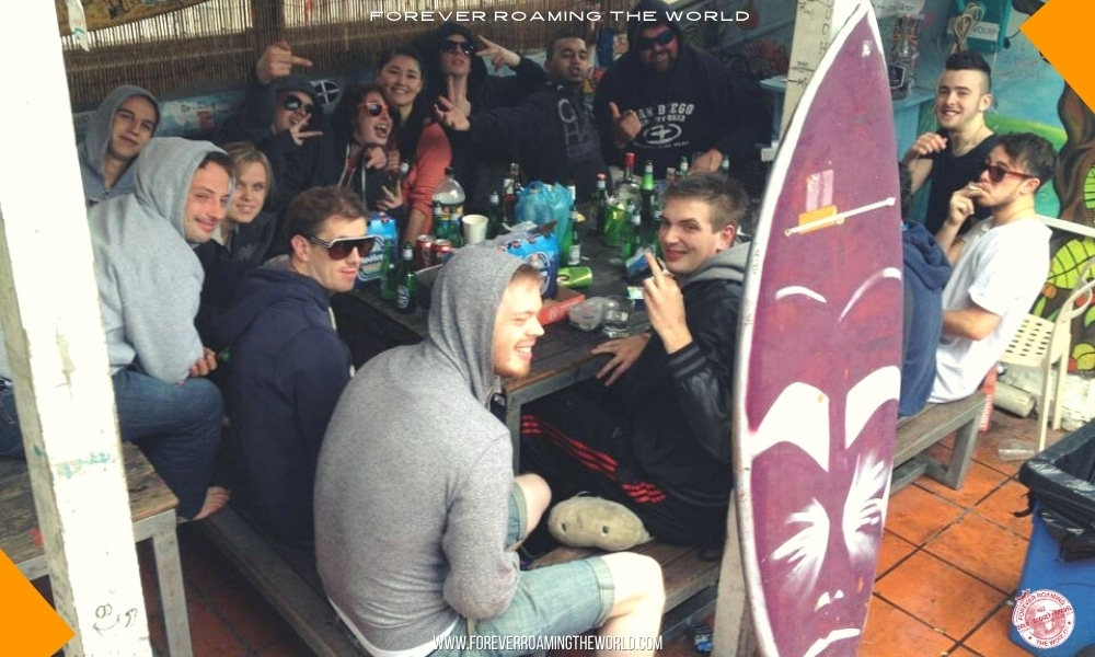 Backpacker party culture post - Forever Roaming the World - pic 3