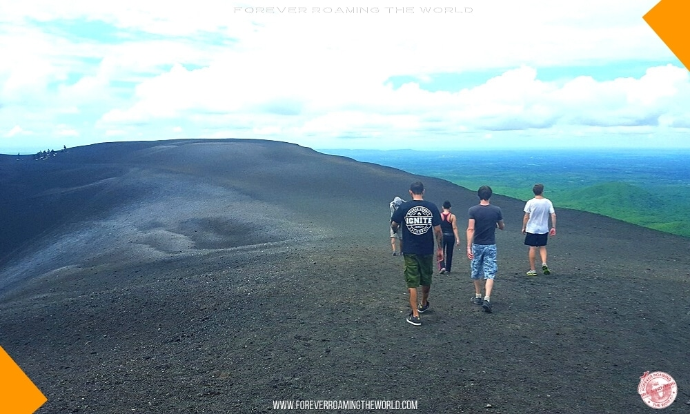 Backpacking Nicaragua overview - Forever Roaming the World - pic 3
