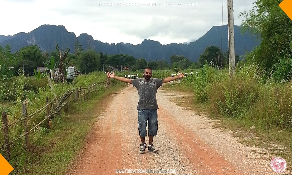 Backpacking Laos overview - Forever Roaming the World - pic 8