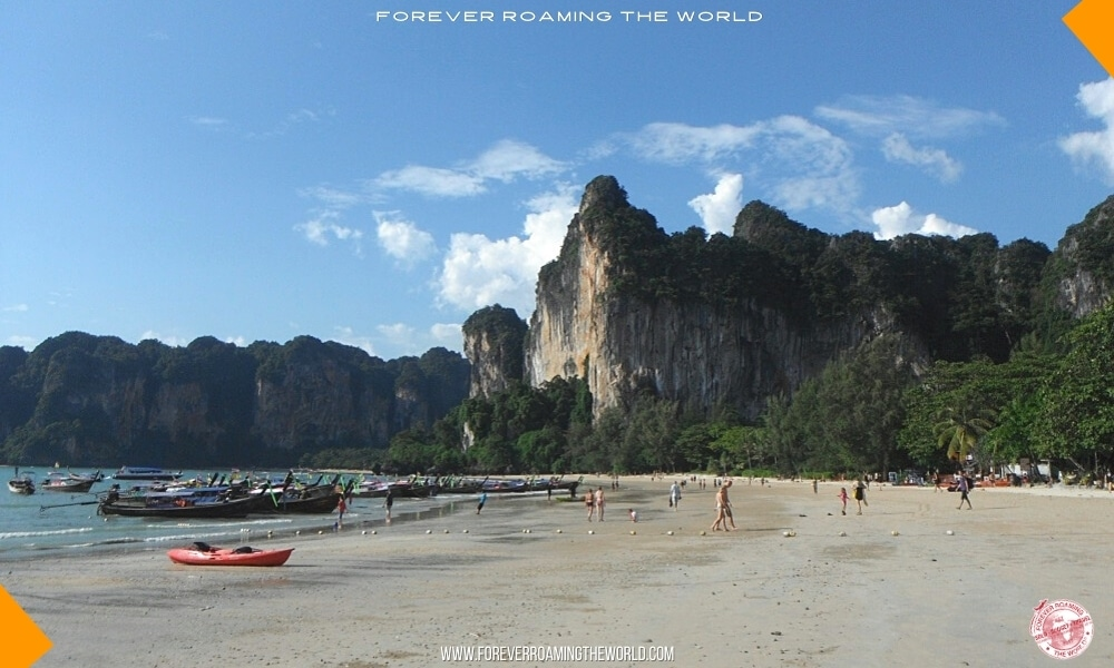 Backpacking Thailand overview - forever Roaming the World pic 3