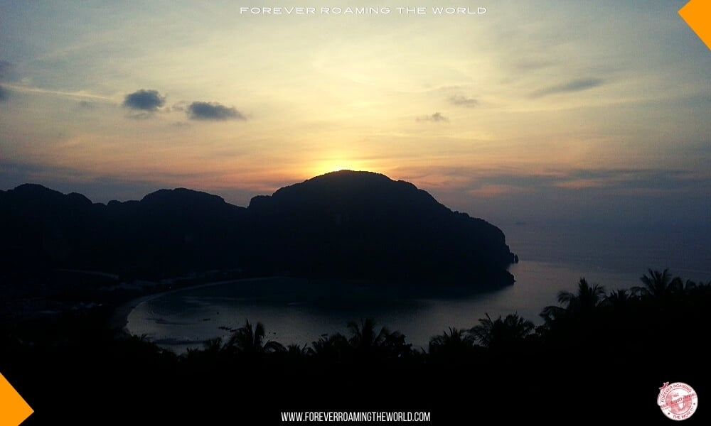 Backpacking Thailand overview - forever Roaming the World pic 6