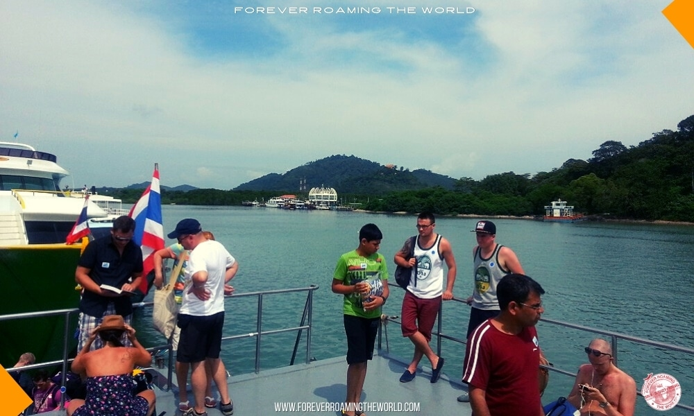 Backpacking Thailand overview - forever Roaming the World pic 9